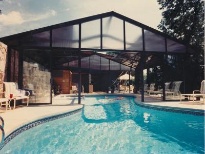 Georgia sunroom pool enclosures georgia sunroom for Public swimming pools atlanta ga